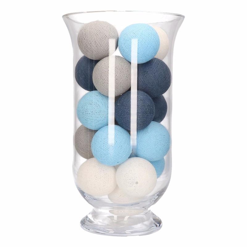 Woondecoratie blauw-grijs-witte verlichting in vaas